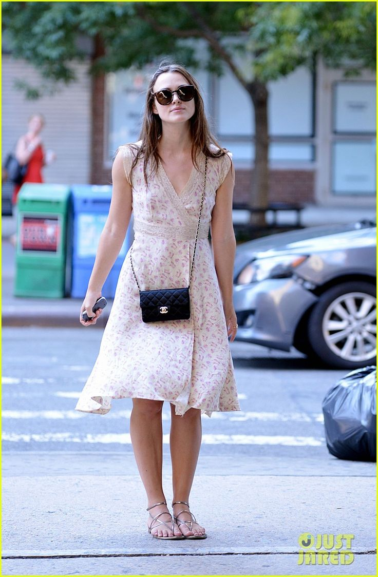 keira knightly james righton post baby body 21 Keira Knightley poses for photographers while taking a stroll with her husband James Righton on Friday afternoon (August 28) in New York City.     The 30-year-old…