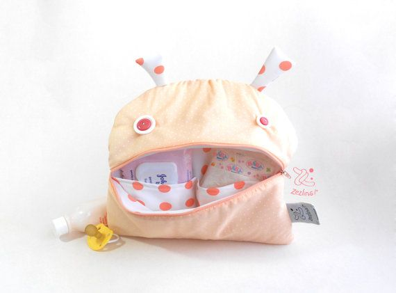 Portable Diaper changing Bag  Zé Nappie-glutton: funny by Zezling
