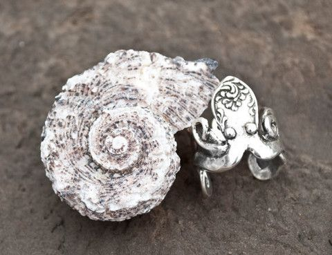 Octopus Fork Ring - LOVE everything on this site