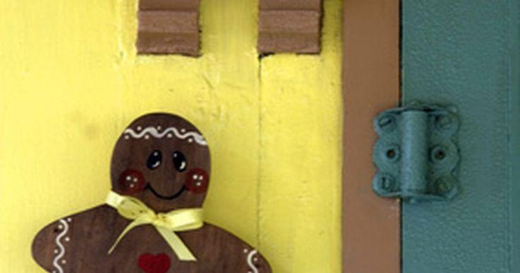 Cómo hacer un disfraz de hombre de jengibre. Un hombre de jengibre es un tipo de galleta cortada en forma de persona. Generalmente, estas galletas son de color marrón, tienen glaseado y otros adornos en una especie de diseño humano. El fieltro marrón puede transformar a una persona en un hombre de galleta de jengibre semi-realista que se puede usar para Halloween, fiestas, juegos y ...