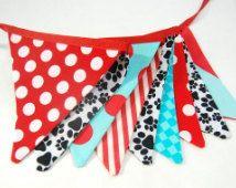 Décoration de partie de chiot, MINI patte patrouille premier anniversaire bannière Bunting - Decor chien du garçon en Pawprint noir, rouge, bleu Aqua--drapeaux tissu