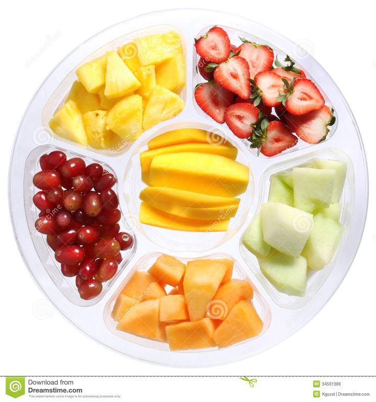 Φρέσκα φρούτα εποχής σε κομμάτια