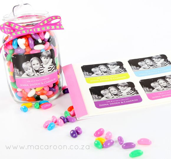 Pop a personalised Macaroon photographic sticker on to a glass jar, filled with colourful sweets, for a small gift from the kiddies http://www.macaroon.co/macaroon/content/en/macaroon/photo-gift-stickers