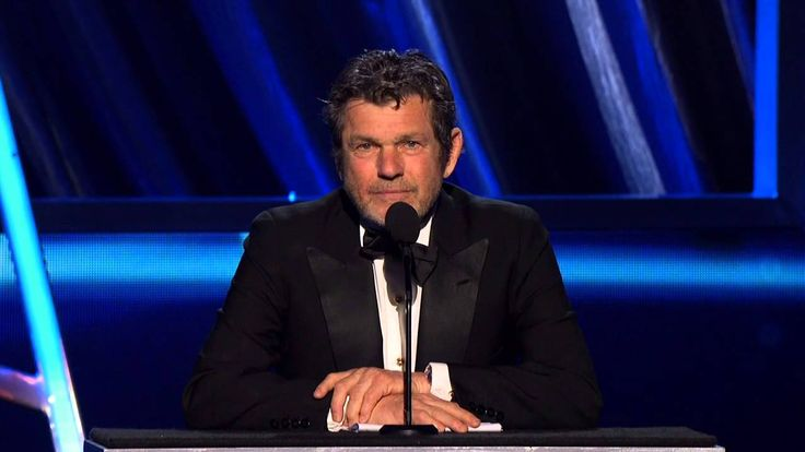 2013 Rock & Roll Hall of Fame: Jann Wenner eating CROW!!!