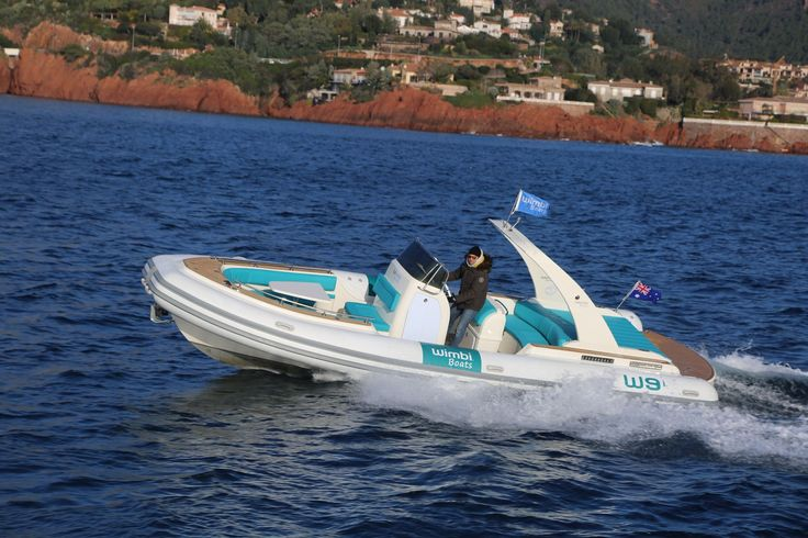 Les 25 meilleures id es de la cat gorie bateau pneumatique semi rigide sur pi - Bateau pneumatique semi rigide ...