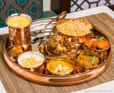 Copper Thali Set - (Sovereign) -1 Thali, 1 Spoon, 4 Bowl, 1 Pickle Bowl, 1 Royal Glass | Varli Ware | Kitchen Essentials