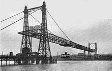 1905 Runcorn-Widnes, Royaume-Uni, 304 m. Pont suspendu, sur la Mersey et le Canal de Manchester (Webster et Wood). Démonté en 1961.