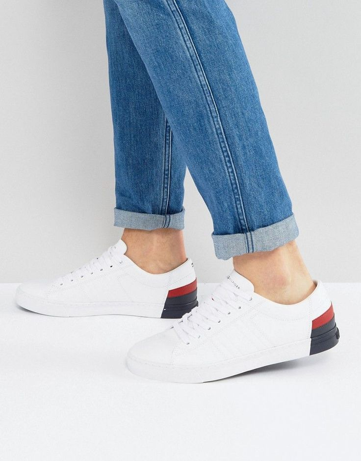 TOMMY HILFIGER JAY LEATHER SNEAKERS IN WHITE - BLACK. #tommyhilfiger #shoes #