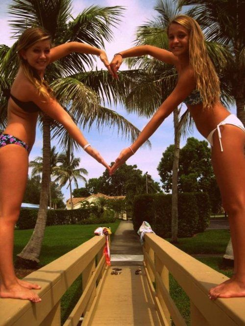 ♥ Someone go to the beach with me and take cute pictures like this with me! THIS SUMMER