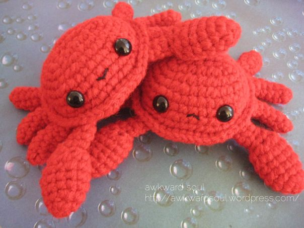 Crab Amigurumi crochet pattern by Awkward Soul Designs. Super cute and easy!
