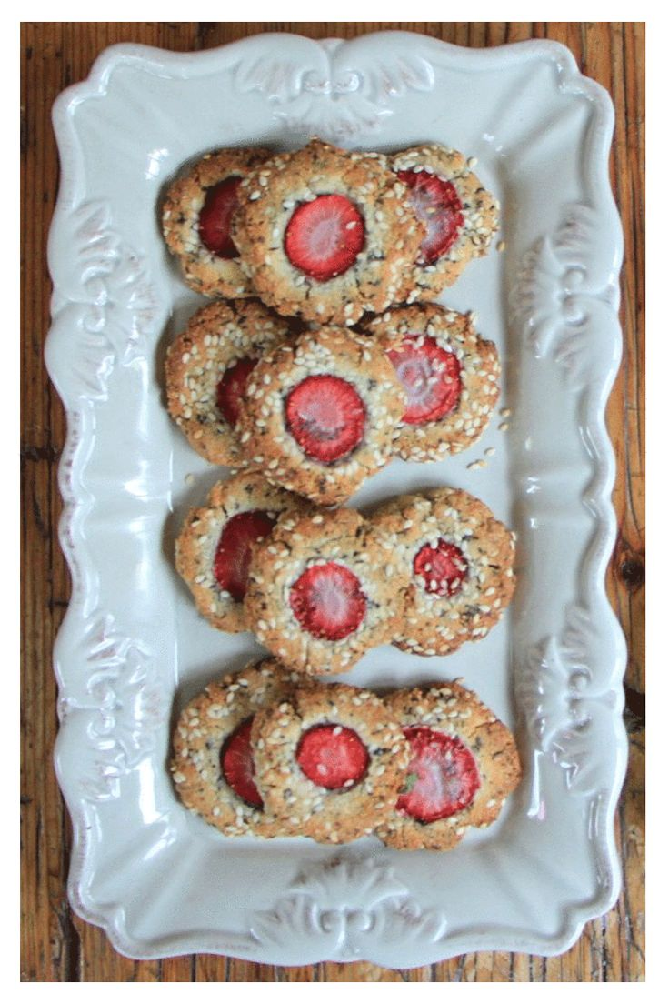 Strawberry, Chai and Almond Cookies