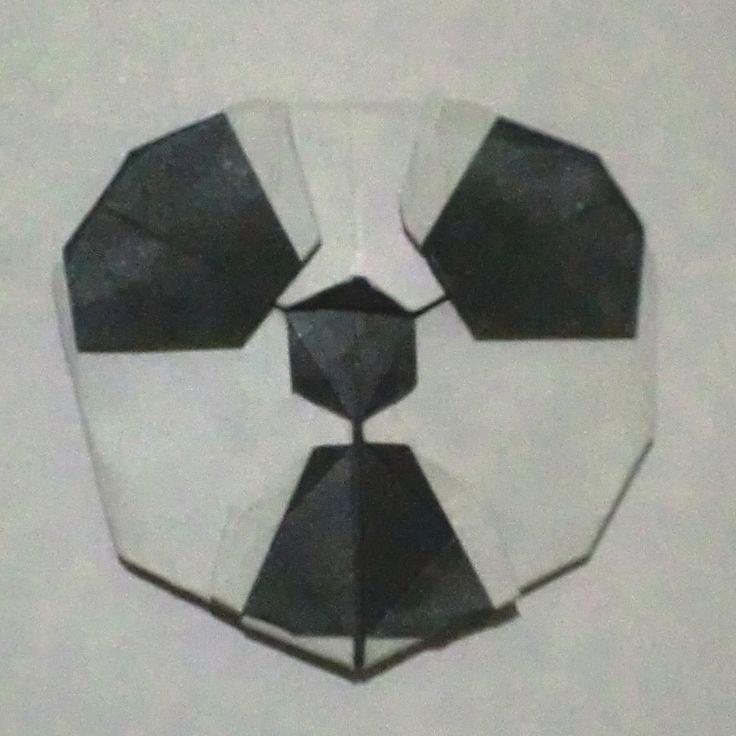 https://flic.kr/p/ABHDUb | Radiation Sign/ Tanda Radiasi - Hadi Tahir | from one piece of square bicolour paper. dari selembar kertas persegi dua warna.