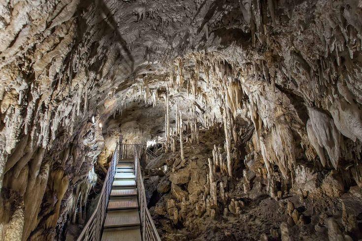 Antro Del Corchia interior #MIRRORMAGIC #MISSINGMAGIC