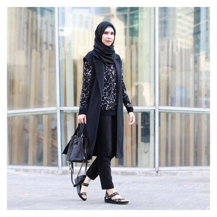 "Rani Hatta on Instagram: ""Black is never flat #ootd #balenciaga @balenciaga bag, shoes, and top. @ranihatta_store vest photo by @noniizakiah"""