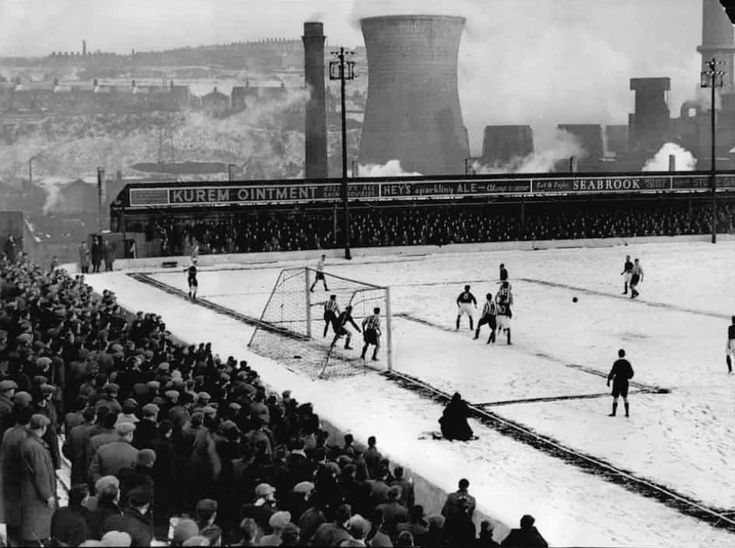 """Football Past on Twitter: """"1954/55 FA Cup Third Round replay Bradford City vs #BrentfordFC #bcafc… """""""