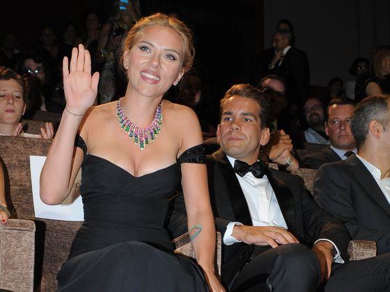 Scarlett Johansson złożyła pozew o rozwód! Czeka ją walka o prawo do opieki nad córką? - WP Gwiazdy