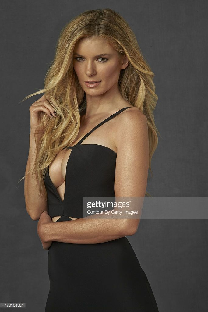 Model Marisa Miller poses for the 2014 Sports Illustrated Swimsuit issue on October 17, 2013 in New York City. PUBLISHED IMAGE.