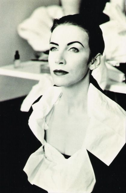 Annie Lennox One of the finest and most outstanding musical voices of our time. Singer, songwriter, campaigner and activist, she is celebrated as an innovator, an icon, and a symbol of enduring excellence.