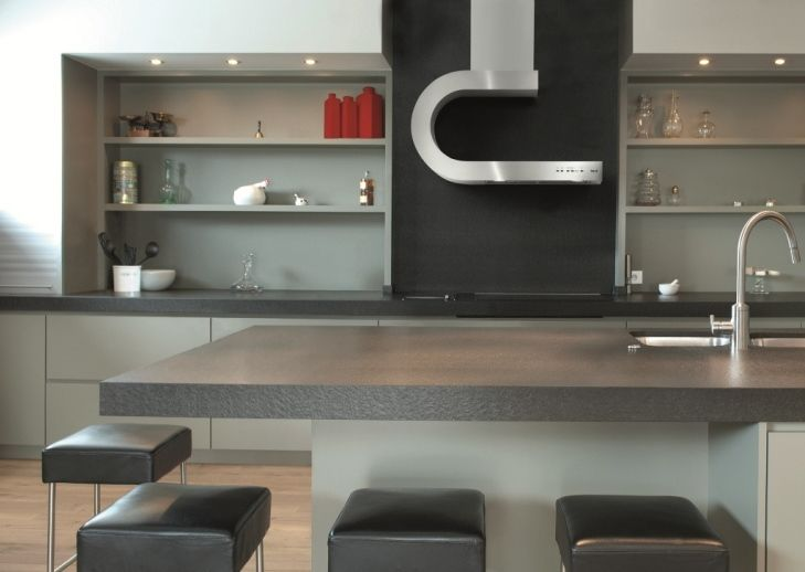 The modern looking Shelf cooker hood - how about this for a unique design?: Kitchens Shelves, Kitchens Design, Design Interiors, Kitchens Ideas, Range Hoods, Gray Kitchens, Modern Kitchens, Cooker Hoods, Kitchens Hoods