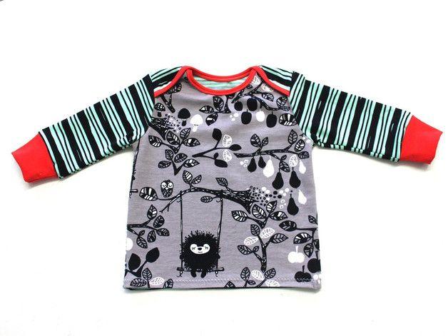 Nähanleitung für ein süßes Babyshirt / diy sewing instruction: baby shirt by selbermacher-123 via DaWanda.com