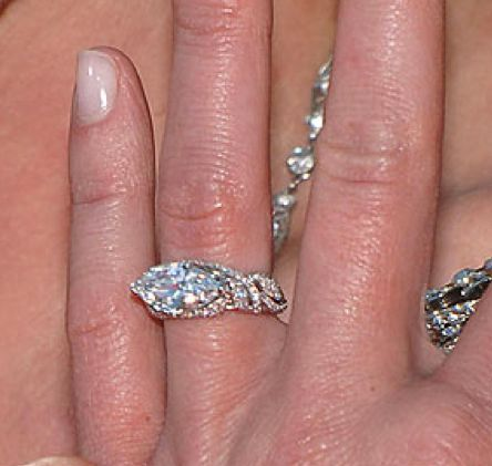 Portia De Rossi Engagement Ring Bling In The New Year Pinterest Rings And Celebrity