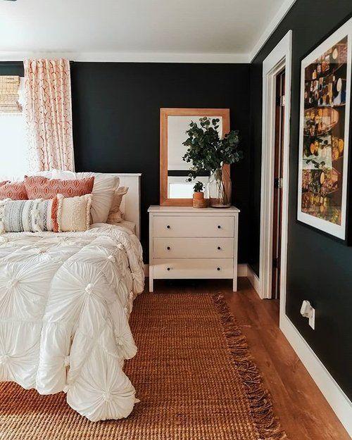 Wirklich genießt unser neues Schlafzimmer-Layout, aber ich vermisse meine große schwarze Shiplap