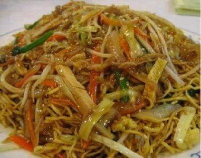chowmein-stir fired noodles..yummmmm!!!