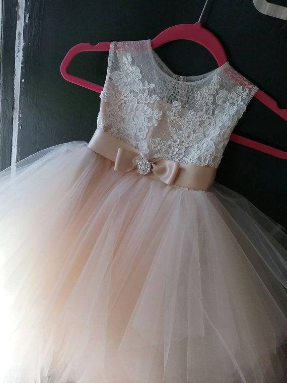 Vestido Rosse cordón francés falda tul pouffy té por somsicouture
