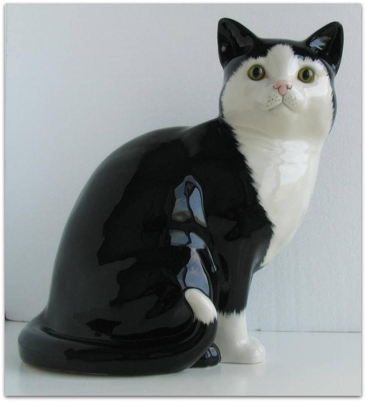 Stunning Staffordshire China Black White Cat Cats Co