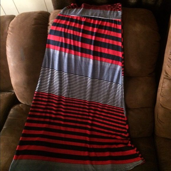 Red, Black and Gray Stripped Maxi Skirt Sz S NWOT Red, Black and Gray Stripped Maxi Skirt Sz S NWOT Never Worn Skirts Maxi