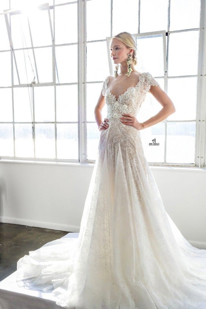 Best 10  Marchesa bridal ideas on Pinterest | Marchesa wedding ...
