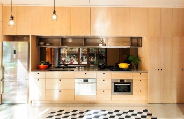 Маленькая кухня. Кухня в современном стиле. Бюджетная кухня.  #justhome #джастхоум #джастхоумдизайн Just-Home.ru ❤️❤️❤️ Бесплатный каталог дизайн проектов квартир. Более 900 практичных и бюджетных проектов . Переходите на сайт и выбирайте лучшее!  #дизайнкухня #кухня2016 #идеикухни #идеиинтерьеракухни #дизайнинтерьеракухни #кухнякомната #идеиремонтакухни #кухня #бюджетныекухни #дизайнинтерьера #интересныйремонт #современныйинтерьер #длядома #идеиремонтаквартиры