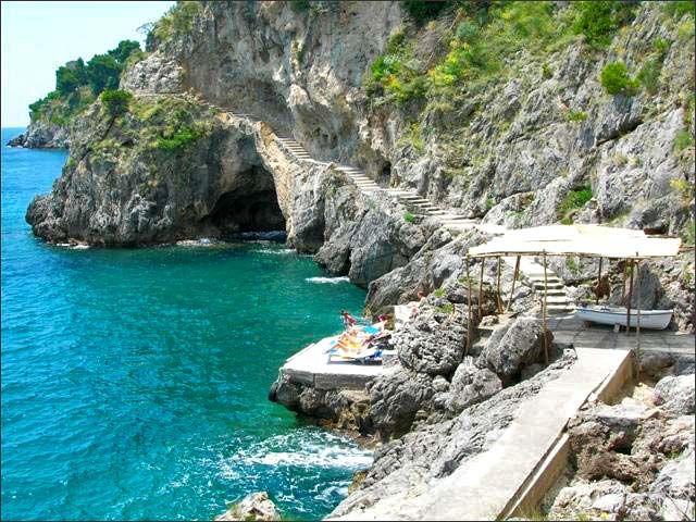 Amalfi, Amalfi Coast (Italy)Beautiful Italy, Favorite Places, Coast Villas, Almalfi Coast, Amazing Places, Paradisiac Places, Adventure 2014, Amalfi Coastline, Amalfi Coast Italy