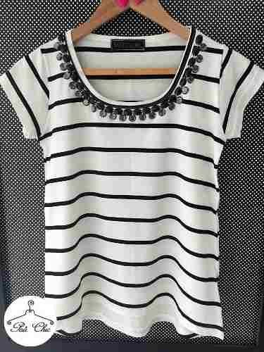 T-shirt Stripes Off White & Preto { Listras } Bordada - R$ 94,90