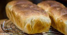 Světlý toustový kváskový chléb - Spicy Crumbs