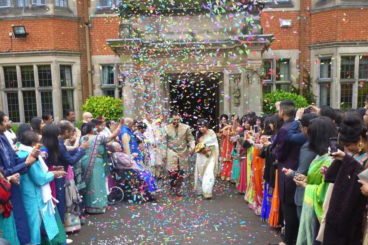 The most impressive confetti display I have seen! Much enjoyed by Heena and AlpitexitingDunchurch Park Hotel, as thenewly Married Couple