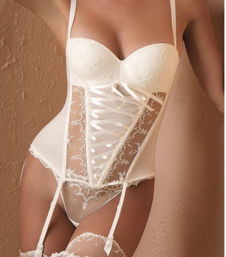 couture bridal lingerie lise charmel simplement star basque last one 34c under covers. Black Bedroom Furniture Sets. Home Design Ideas