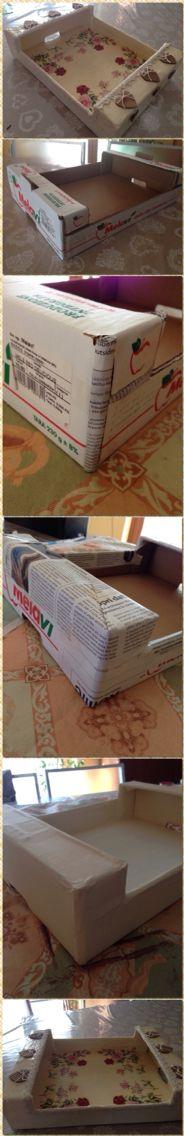 Vassoio shabby chic riciclato da una cassetta di mele in cartone