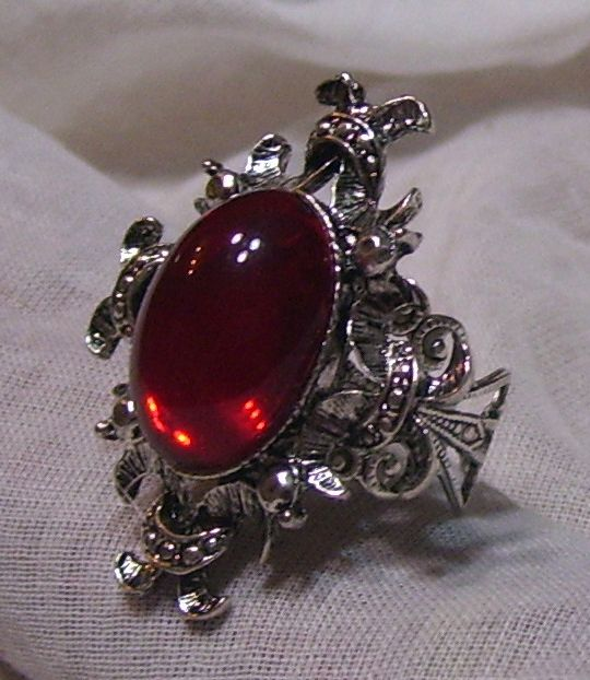 ANTIQUE SILVER RUBY RED GLASS STONE ADJ. RING VICTORIAN GOTHIC BAROQUE VAMPIRE | eBay | vintage rings clothing accessories fashion style gothic