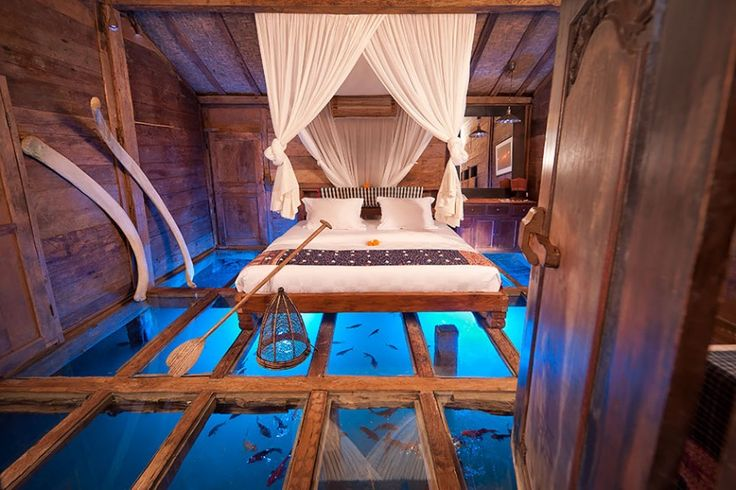 hoteis 2-Casa Udang com piso de vidro, em Bali, na Indonésia