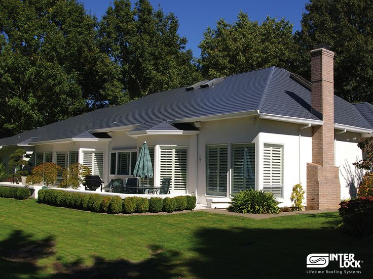Charcoal Grey Interlock Shingle Roof From SW French Prairie Drive,  Wilsonville, OR 97070.