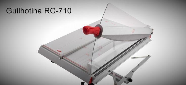 Guilhotina RC-710 Guilhotina para profissionais, para formatos B2,B3,A3, feita em aço.  http://www.amakpost.com/guilhotinas.html?from=pinterest