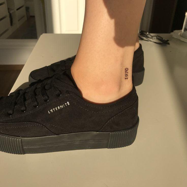 "Yuka nishiizumi on- ニ シ イ ズ ミ ユ カ (yuka nishiizumi) on Twitter: ""You can add your own birthday tattoo casually to your ankles …""  -#Blackwork #BlackworkTattooflashsheet #RealisticTattoosdragon #Tattookfonts #Tattoovline"
