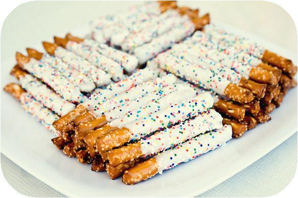 rainbow chocolate pretzels #chocolate #pretzels #rainbow #party #birthday #food