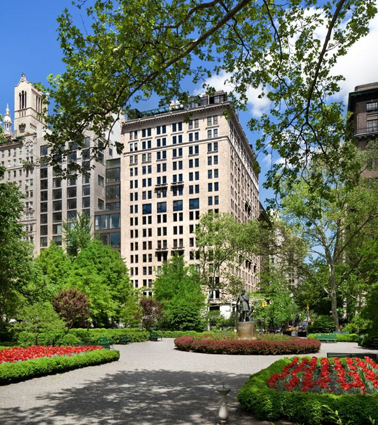 Photo Gallery for Gramercy Park Hotel in New York, NY - United States