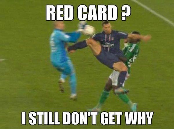 Nadal nie wiem dlaczego dostałem czerwoną kartkę • Zlatan Ibrahimovic zdziwiony z powodu wykluczenia • Zobacz śmieszne zdjęcie >> #zlatan #ibrahimovic #football #soccer #sports #pilkanozna #funny