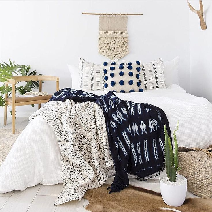 Are You Guilty Of These 8 Bedroom Design Mistakes: Best 25+ Indigo Bedroom Ideas On Pinterest