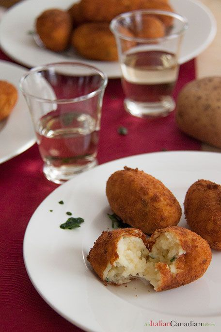 Recipe for Italian Crocchette di patate (potato croquettes). Street food straight from southern Italy. Recipe from www.anitaliancanadianlife.ca