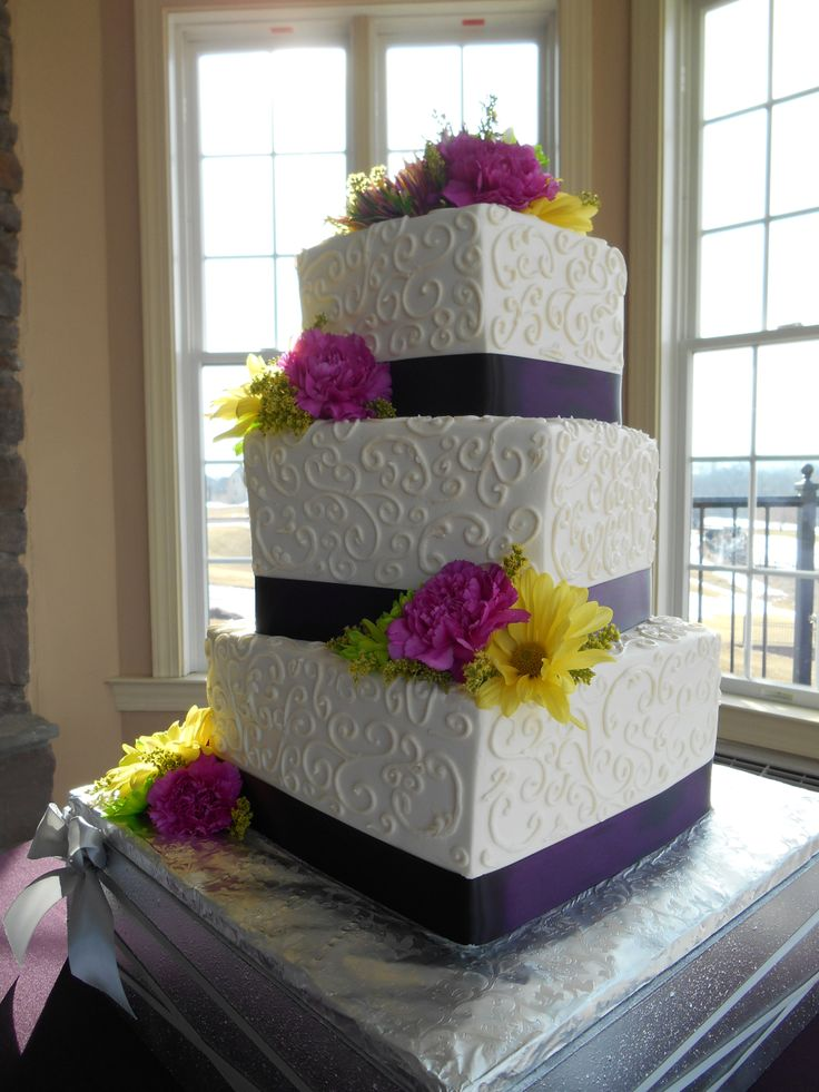 square wedding cakes with ribbon and flowers 1000 images about wedding cakes and cupcakes on 20429