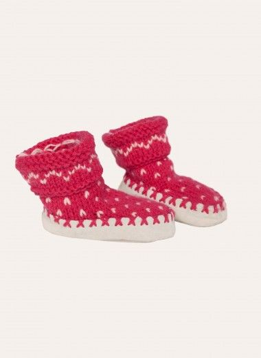 Wooling issue 3 - #22 Fair isle slippers | Slipper Socks | Buy Online